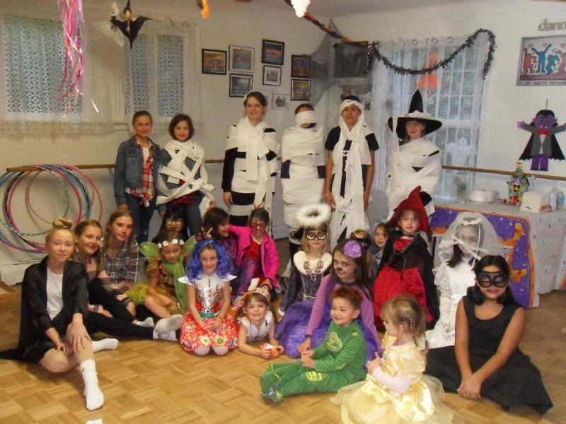 Students at Miss Ilona's School of Dance also celebrated Halloween in style. (Supplied)