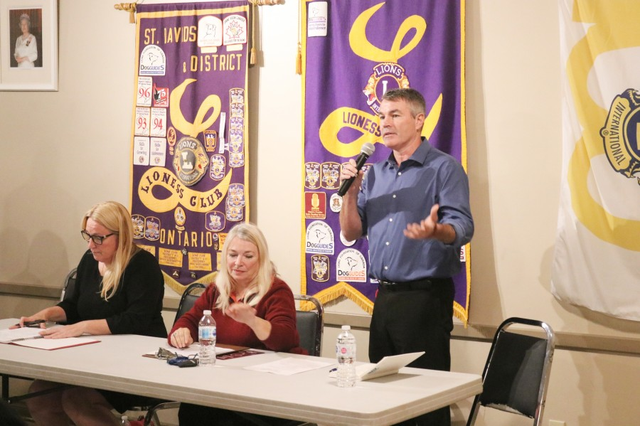 Liberal candidate Andrea Kaiser, Tricia O'Connor from the Christian Heritage Party and independent candidate Mike Strange during the debate Tuesday. (Dariya Baiguzhiyeva/Niagara Now)