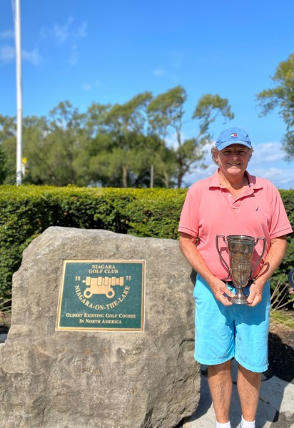 Ron Newman won the Wettlaufer Cup in a match over Earl Shore. (Ricky Watson)