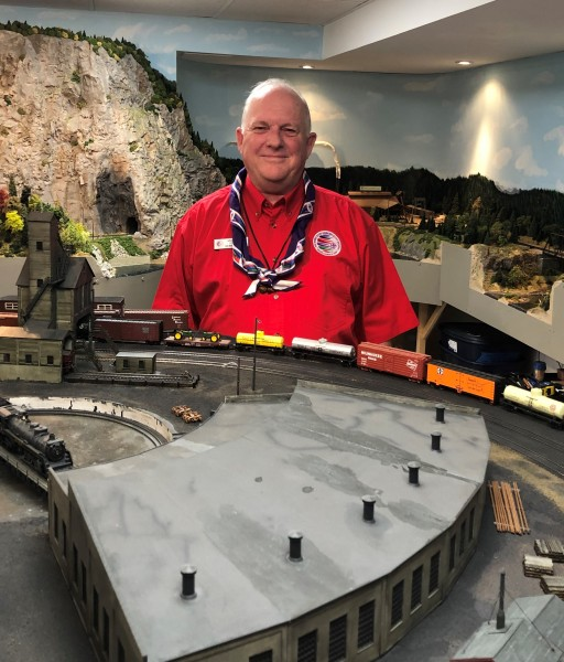Mike Scott with his model railroad. (Tim Taylor/Niagara Now)