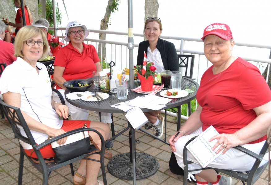 Maureen Taylor, far right, was won of the organizers of the nine and 18-hole women's leagues' annual mid-season scramble and picnic lunch on July 2 at NOTL Golf Club. (Kevin Maclean/Niagara Now)