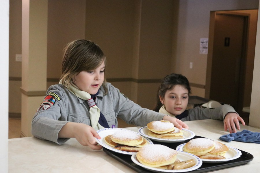 The 38th annual pancake breakfast took place Sunday at St. Davids' Lions Club. The goal was to raise money for 1st St. Davids Scouting group. Claire Vanderlee, left, and Teia Epp. (Dariya Baiguzhiyeva/Niagara Now)